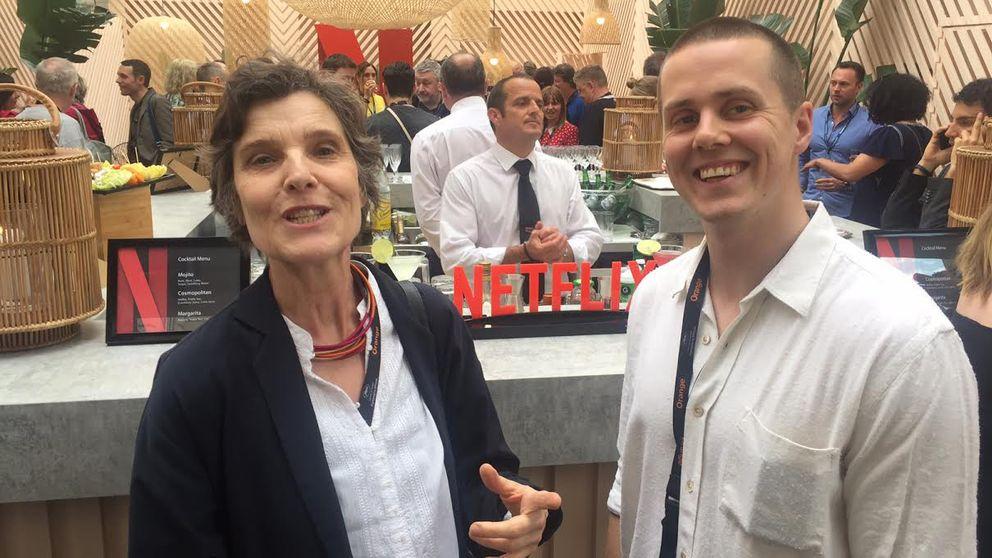 Verena Lueken, mångårig filmredaktör på Frankfurter Allgemeine, och Kulturnyheternas reporter Kristoffer Viita.