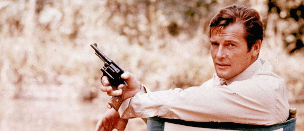 Roger Moore i rollen som superspionen James Bond.