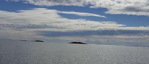 Båttur i havsbandet vid Harstena, Östergötlands skärgård!