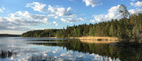 Översjön i Järfälla strax norr om Stockholm på kvällen den 24 maj.