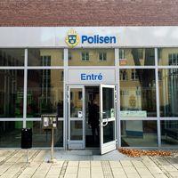 Polishuset i Jönköping där den 27-årige Torsbybon avled.