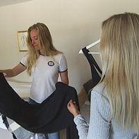 Därför slog Emma och Hedvig sina vinnarskallar samman och började jaga sponsorer till balen.