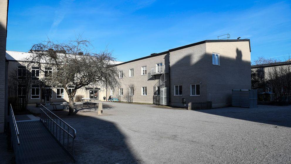 Den muslimska friskolan al-Azharskolan i Stockholm gav nyligen upphov till debatt om könsuppdelad undervisning