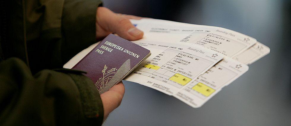 Pass, flygbiljetter