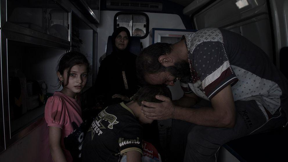 Familjen splittrades under flykten mitt under en raketattack.