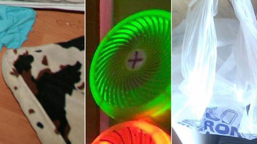 En turkos tygbit intill en komönstrad kudde. En grön lampa. En vit plastpåse med blå text. Bilder från Europols tillslag mot pedofiler på nätet.