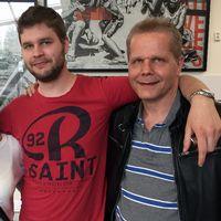 Kaj Linna med son och flickvän på flygplatsen i Luleå 170617