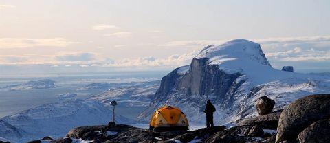 Grönlands isar krymper fort. Minskad tyngs på jordytan öppnar upp för fler jordskalv.
