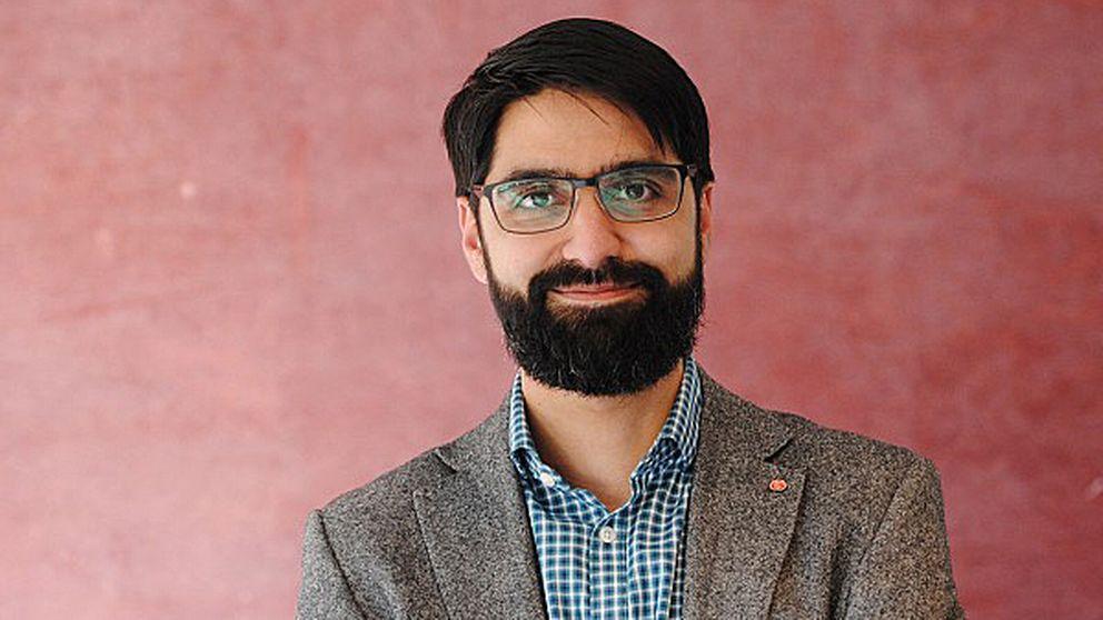 """När socialdemokraten Shahbaz Khan var ute på en cykeltur med sina barn i Göteborg i helgen utsattes de för en rasistattack. En hotfull man hoppade ut från en bil och skrek bland annat """"jävla muslimer"""" mot honom och barnen."""