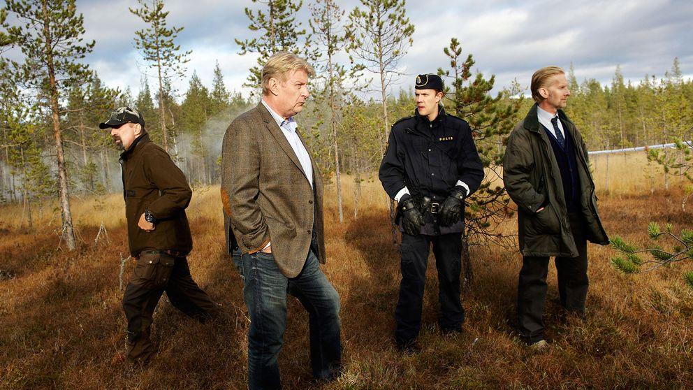 Skådespelarna Rolf Lassgård, Peter Stormare och regissören Kjell Sundvall under inspelningen av Jägarna 2, 2010.