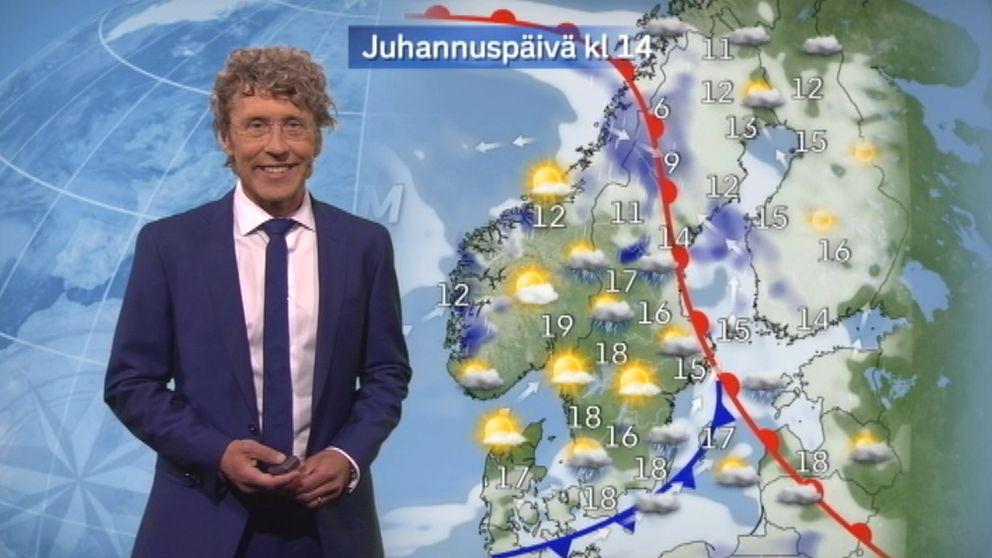 Meteorologen Pererik Åberg ger oss midsommarprognosen på finska