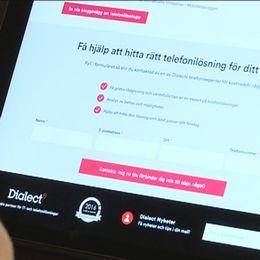 En telefonförsäljare och Dialects hemsida.