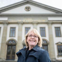 Irene Svenonius, finanslandstingsråd (M)