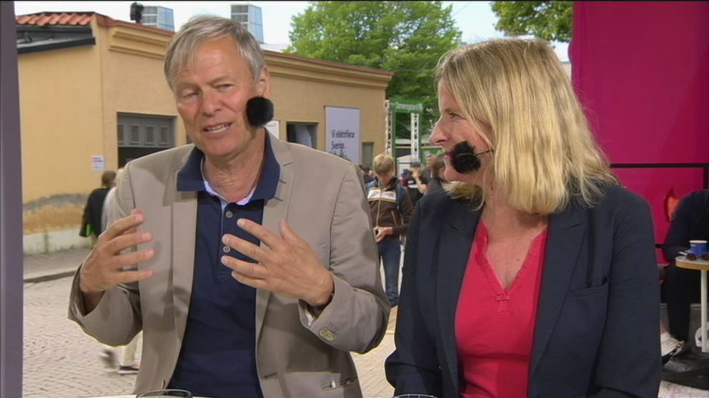 SVT:s Rolf Fredriksson och Ulrika Bergsten