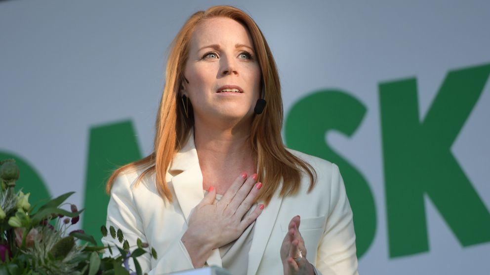 Centerledaren Annie Lööf håller sitt tal på Almedalens scen