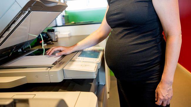 Dejta någon på jobbet gravid