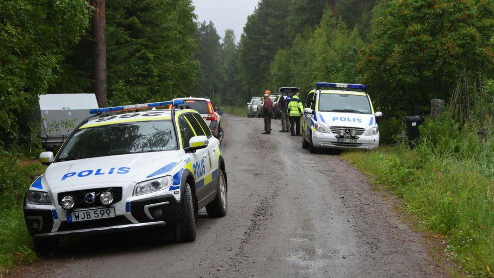 Hundföraren hyllar nu sin kollega, hunden Attack, som hittade 6-åringen som försvann utanför Hudiksvall i söndags.