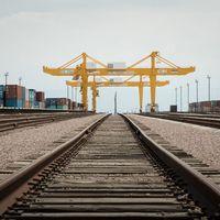 Torrhamnen i Khorgos är en av de första utposterna längs den nya Sidenvägen.