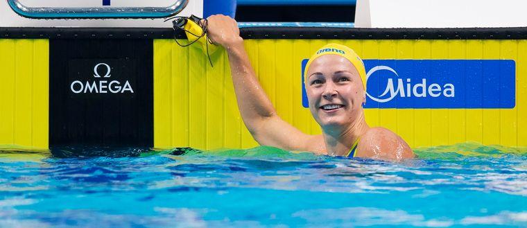 Sarah Sjöström laddar för ett nytt guldlopp på 100 meter fjäril.