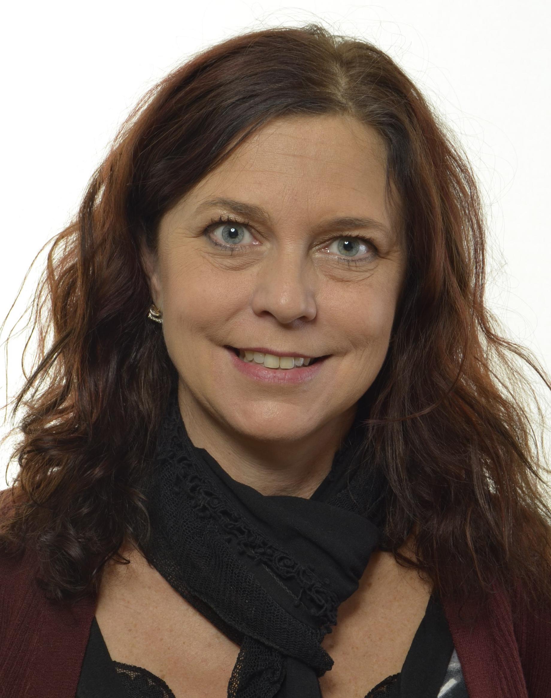 Emma Carlsson Löfdahl 0737073162411_max_edit.jpg