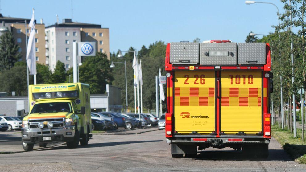 Till sjukhus vid balkongbrand