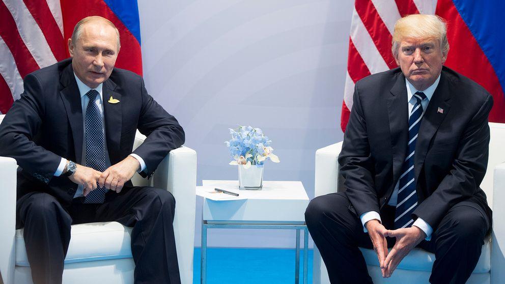 Trump pch Putin under G20-mötet i Hamburg 7 juli i år.