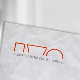 skugga av person, IVO-logga
