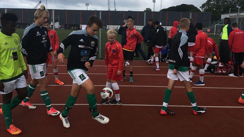 Omkring 750 lag deltar i Eskilscupen