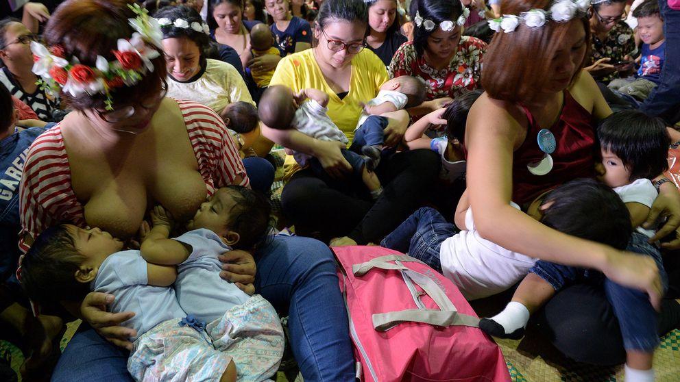 Ammande mammor i Manila.