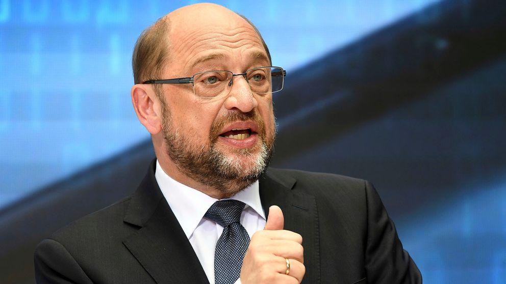 Den socialdemokratiske utmanaren Martin Schulz kämpar hårt för att rucka på Merkels ställning.