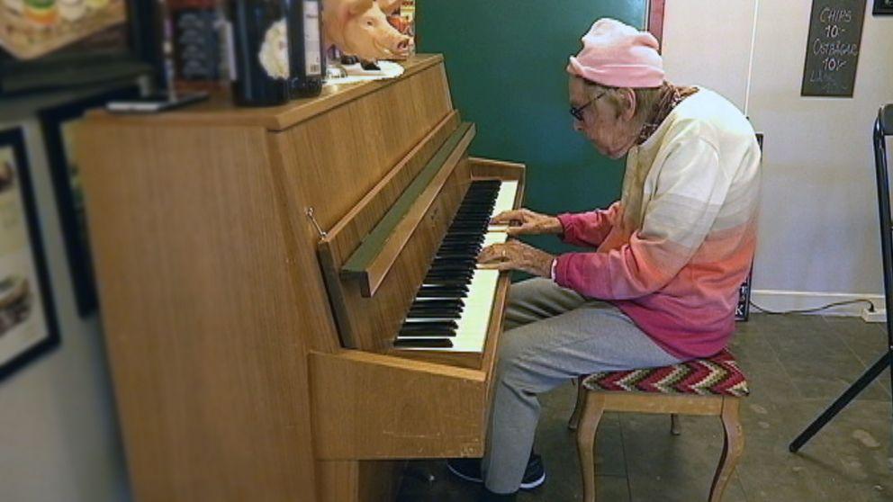 Pianospel på Sjölunda.