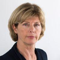 SVT Nyheters utrikeskommentator Eva Elmsäter.