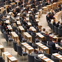 Riksdagsdebatt och frågestund