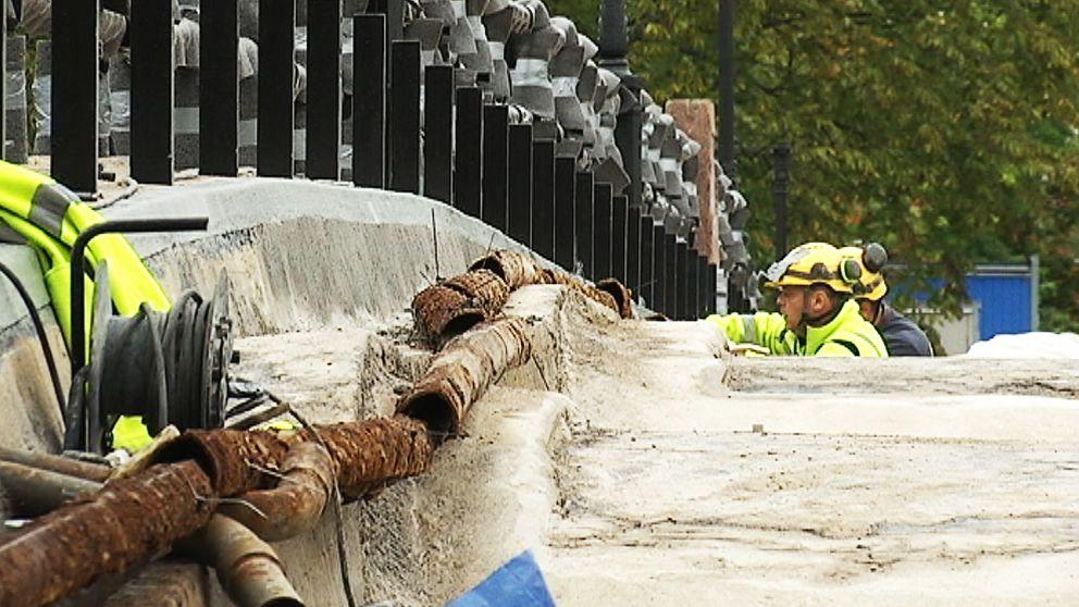 Just nu håller bron på att renoveras