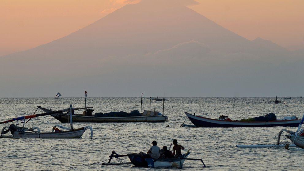 Den aktiva vulkanen i berget Gunung Agung har gjort att myndigheterna utfärdat en klass 3  (den högsta) varning för ett eventuellt vulkanutbrott.