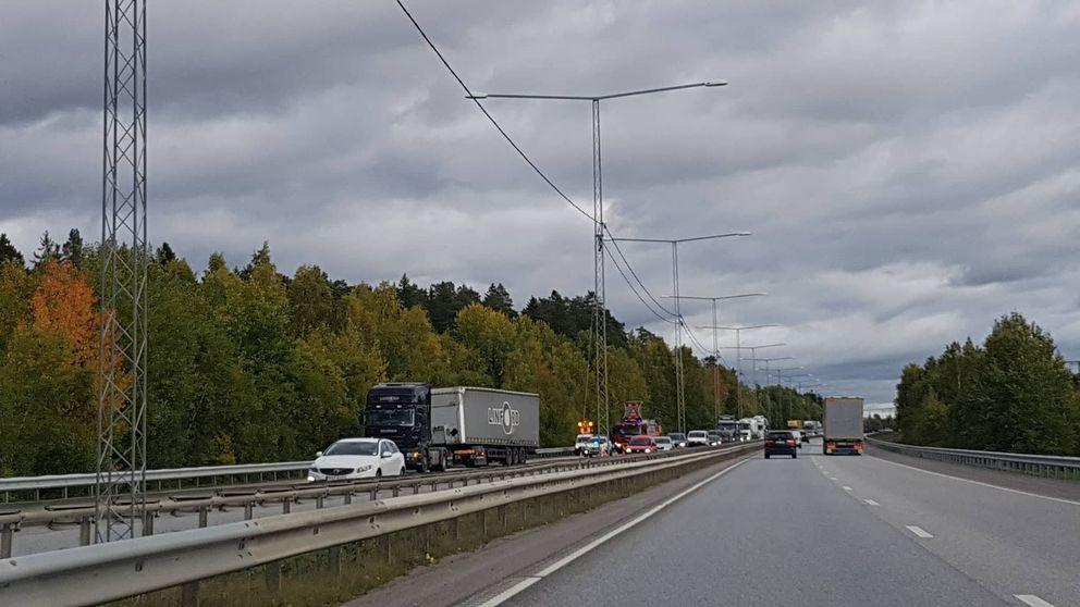 Trafikolycka E20.