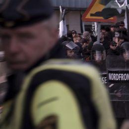 Nazistiska NMR fick den 30 september tillstånd att demonstrera i Göteborg. Tillresta motdemonstranter fyllde gatorna, polisen mobiliserade. Media likaså. Med flera nyhetsteam följde SVT skeendet nära, timme för timme inför och under demonstrationen.