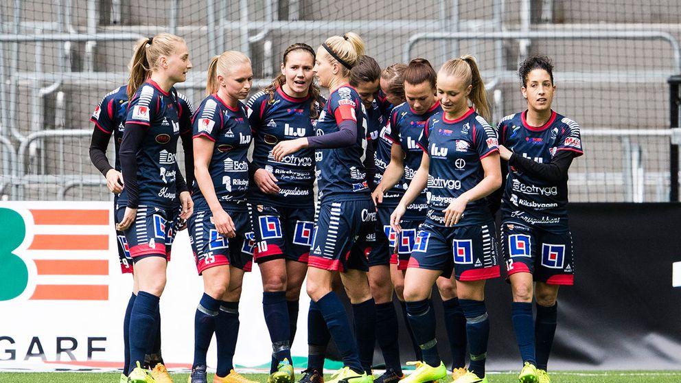 Linköpings FC är nya serieledare efter seger med 4-1 borta mot Kif Örebro.