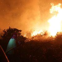 Bränder i Obidos, Portugal.
