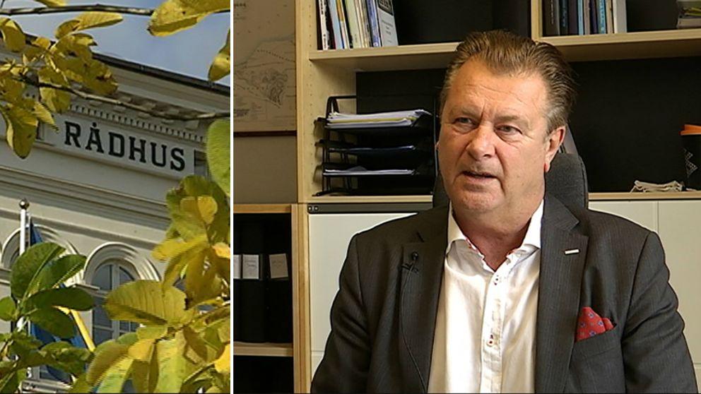 moderata kommunalrådet Peter Jutterström på sitt kontor och rådhuset med höstlöv framför