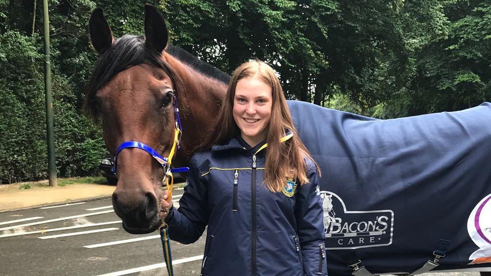 Elopolda och Sara Henriksson efter EM-bronset i Bryssel i augusti.