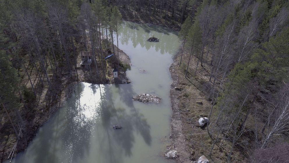 Olovlig sjö, enligt länsstyrelsen. En markägare i Tärna har pumpat ut grundvatten utan tillstånd.