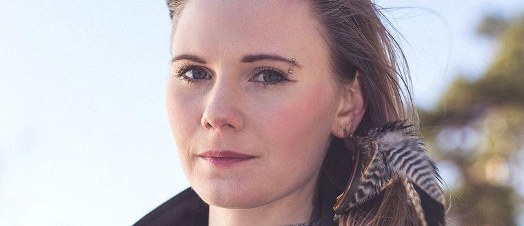 "Felicia Wittenberg arrangerar en ""Me too""-demonstration i Visby."