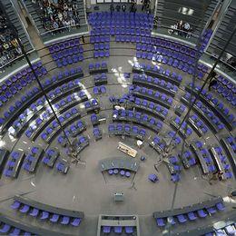 Riksdagshuset i Berlin innehåller efter valet den 24 september 709 ledamöter.