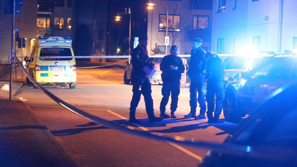 Polisavspärrningar vid platsen för skjutningen