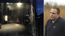 Äggad framruta på en buss, samt en bild på Martin Andreasson.