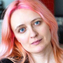 Natalia Antonova, journalist och dramatiker baserad i Moskva.