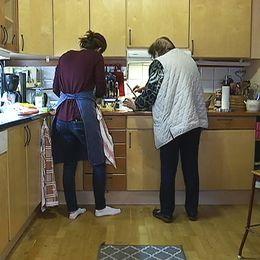 Hemlagad mat och lite sällskap vill Stini genom sitt företag erbjuda de äldre