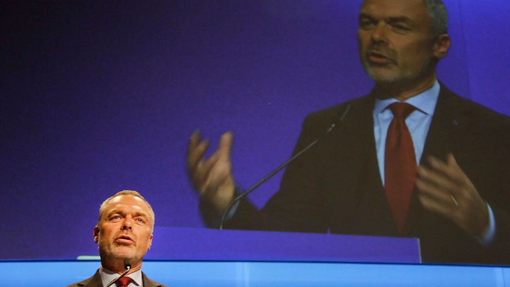 """""""Jag tänker vara partiledare för alla"""", sade den omvalde partiledaren Jan Björklund"""