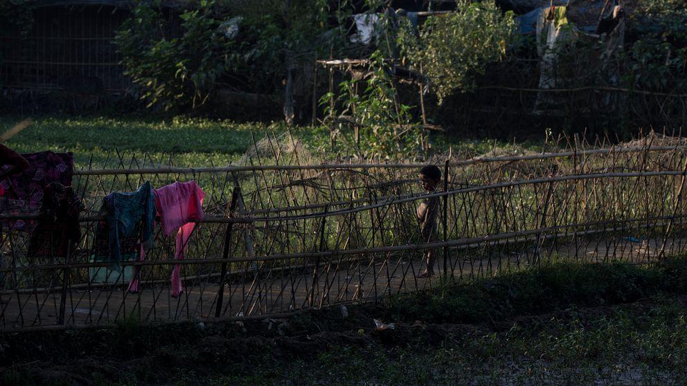 Rohingyaflykting fick sina föräldrar mördade i Burma.